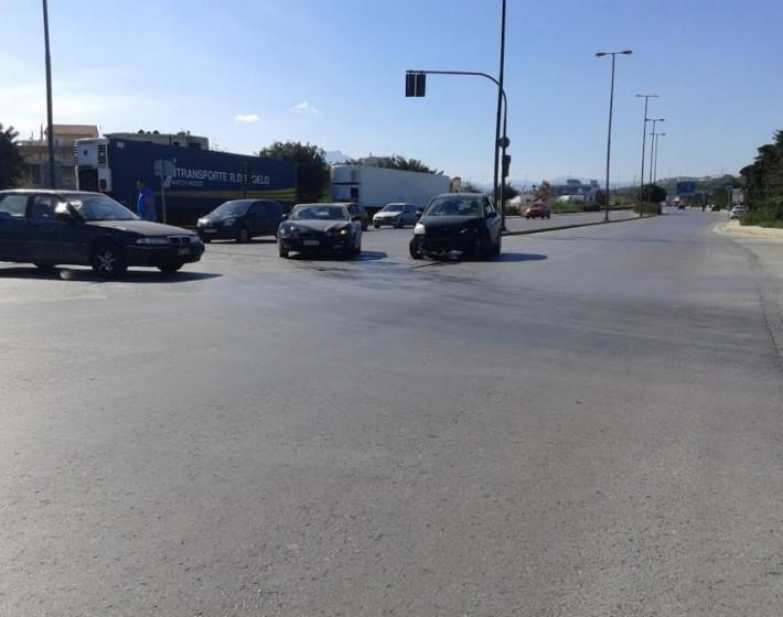 Ηράκλειο: 9.15 το πρωί τροχαίο στη Παραλιακή