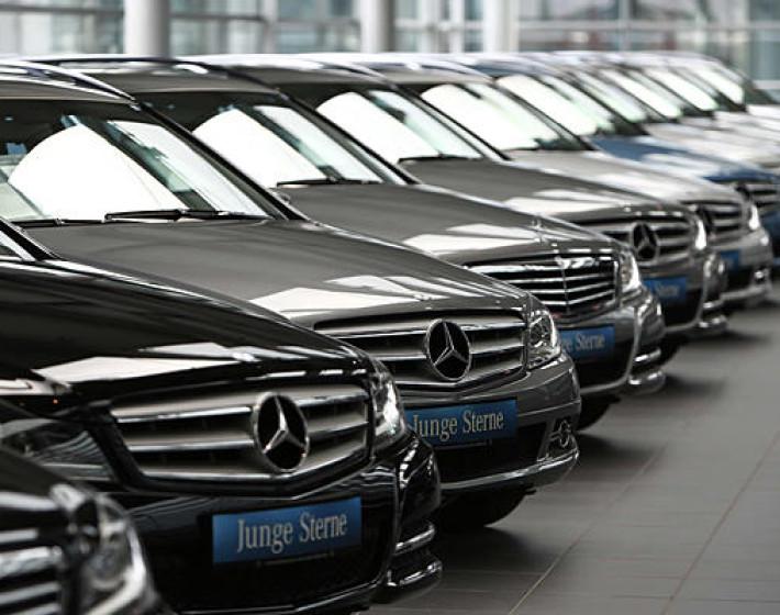 Πώς, ποιοι και γιατί πωλούν αυτοκίνητα από… e-shops