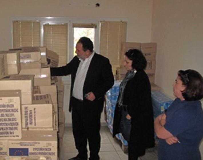 Δωρεάν διανομή τροφίμων απο το Δήμο Ηρακλείου με πρόγραμμα της Ε.Ε