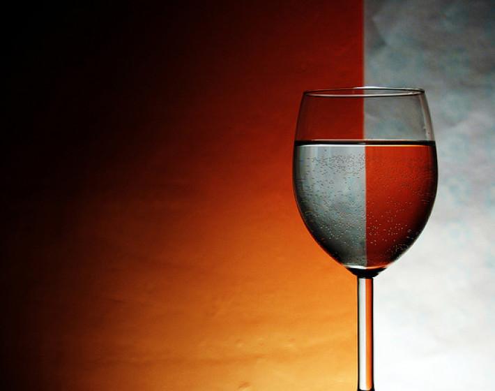 Με iPhone και Bluetooth θα κάνουμε το νερό κρασί!