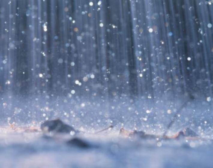 Η έντονη βροχόπτωση υπεύθυνη για τροχαίο στα Χανιά