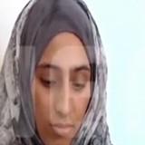Αυτή είναι η 19χρονη που επί 4 ημέρες κρατούσε στην αγκαλιά της το μωρό στη θάλασσα της Κρήτης