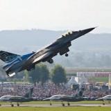 Εντυπωσίασε η επιδείξη της ομάδας F-16  «Ζευς »   (που εδρεύει στα Χανιά στην 115 Πτέρυγα Μάχης)