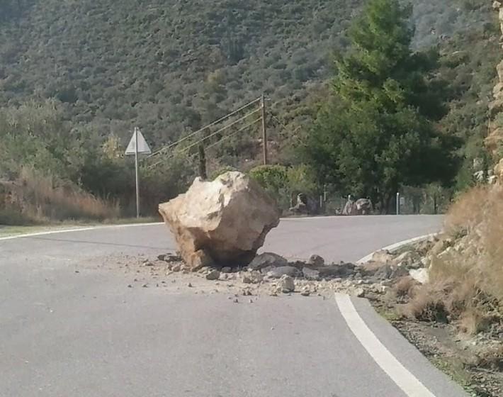 Ελεγχόμενη έκρηξη για την απομάκρυνση βράχων στον Αγ. Βλάσση