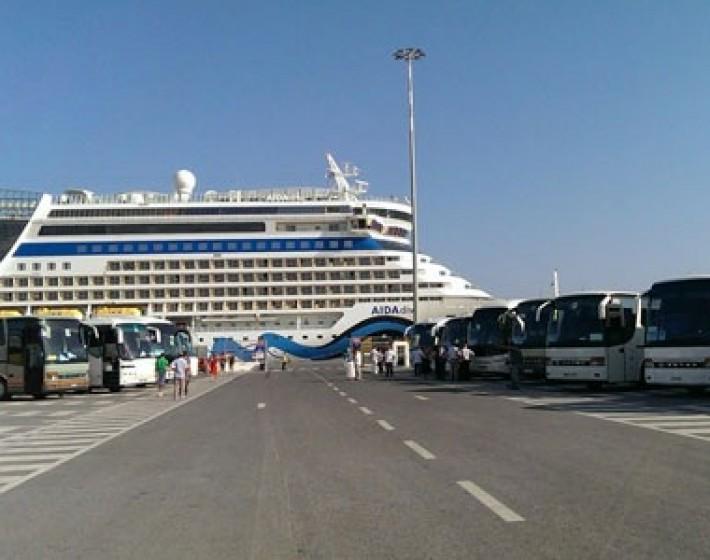 Το κρουαζιερόπλοιο «Φαντασία» με 4.500 τουρίστες σήμερα στο Ηράκλειο