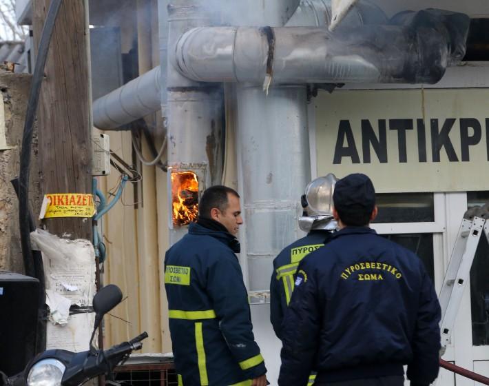 Έπιασαν φωτιά οι καμινάδες γνωστού ψητοπωλείου στο Ηράκλειο