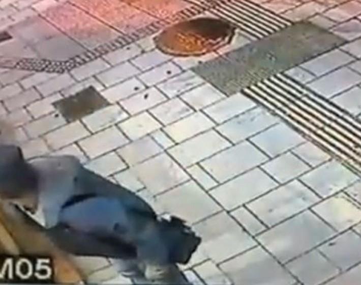 Καφές Τσιχλάκη: Βοηθήσετε μας να βρούμε τον αγαπημένο επισκέπτη που μας έκλεψε το κινητό! (βιντεο)