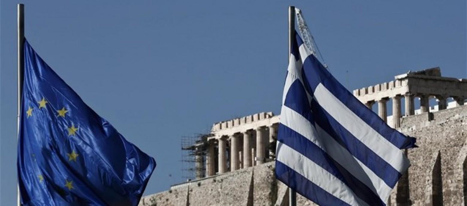 Τζούλιο Σαπέλι:  «Η Ευρώπη εγκαταλείπει τη λιτότητα χάρη στην Ελλάδα»