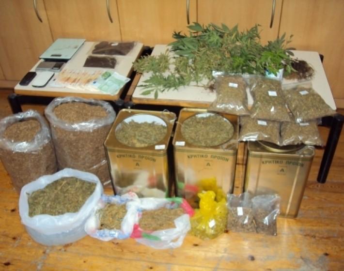 Συνελήφθησαν δύο άνδρες  32 και 67 ετών για κατοχή και καλλιέργεια κάνναβης