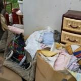 Μάνα και κόρη ζούσαν σε τρώγλη με συντροφιά τα ποντίκια