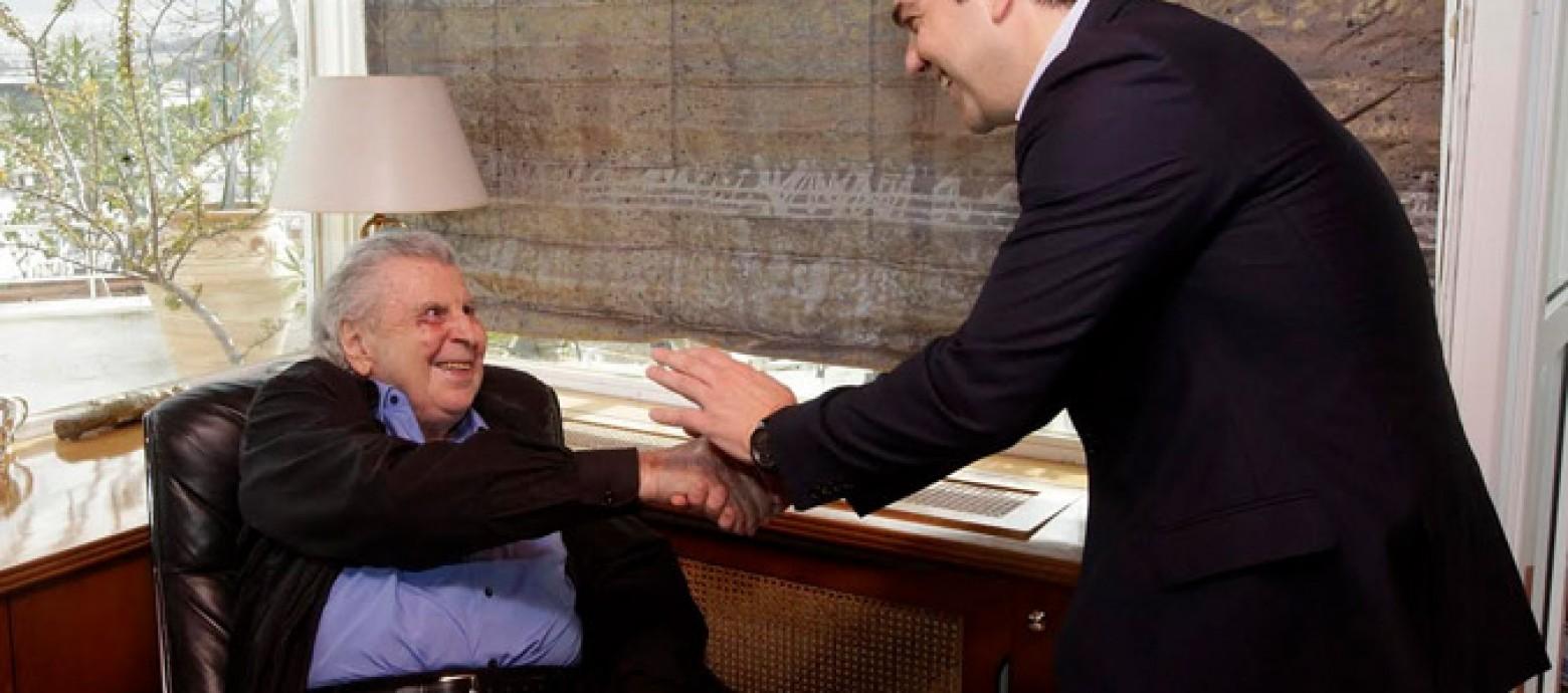 """Μίκης Θεοδωράκης: """"Είσαι ο πρωθυπουργός της χώρας και κανείς δε μπορεί να σε αμφισβητήσει"""" ( Βίντεο)"""