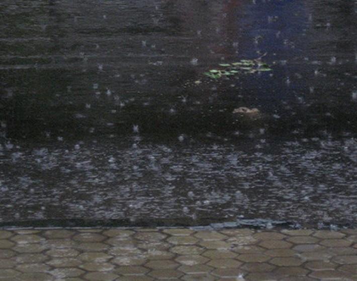 Άστατος ο καιρός στην Κρήτη με σποραδικές βροχές απο το απόγευμα