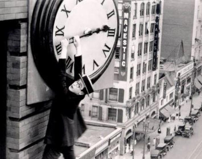 Δείτε πότε αλλάζει η ώρα-Γιατί κάθε Μάρτιο γυρίζουμε τα ρολόγια μία ώρα μπροστά