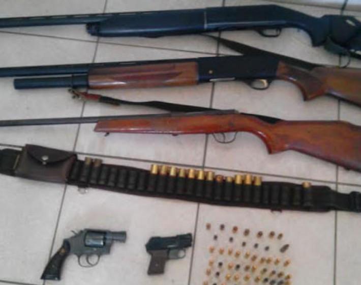 Ηράκλειο: Συνελήφθησαν  54χρονος και 78χρονη για παράνομη οπλοκατοχή