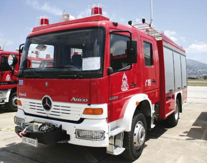 Αντιπυρική θωράκιση με 30 νέα πυροσβεστικά οχήματα και δύο ελικόπτερα στην Κρήτη