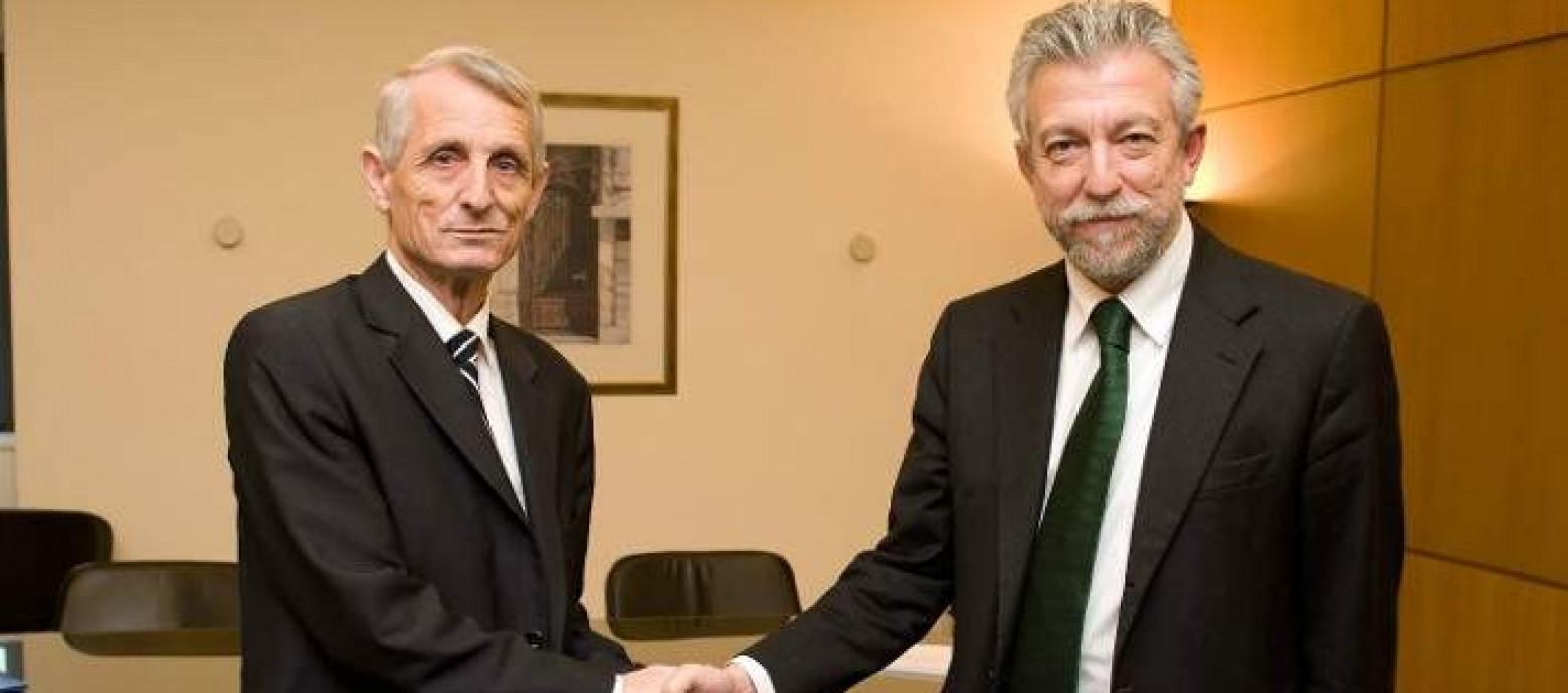 Συμφωνούν  Κοντονής με FIFA και UEFA και αρχίζει το Κύπελλο Ελλάδος
