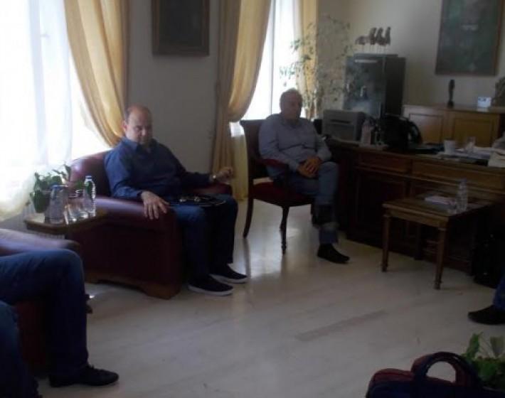Συνάντηση Δημάρχου Ηρακλείου  με προέδρους αθλητικών σωματείων για τα Τείχη