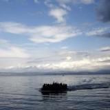 Πλοιάριο με 65 μετανάστες ανοικτά της Κρήτης