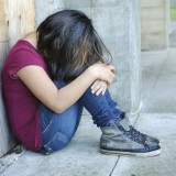 Ηράκλειο: Μαθήτρια ξυλοκοπήθηκε στις τουαλέτες του σχολείου από τον πατριό της