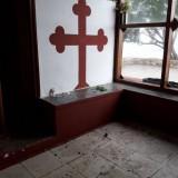 Χανιά:  «Πάρτυ» με μπύρες και τσιγάρα στην εκκλησία των Αγίων Αποστόλων