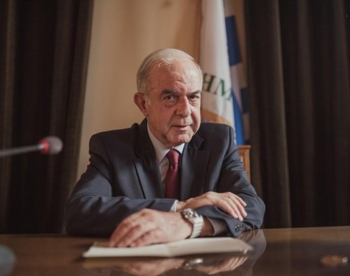 Συλλυπητήρια δήλωση του Δημάρχου Ηρακλείου Β. Λαμπρινού για τον θάνατο του Κωνσταντίνου Μητσοτάκη