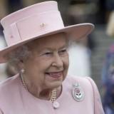 Ο Χανιώτης γιατρός που… ήπιε τσάι με τη βασίλισσα Ελισάβετ (Photos)