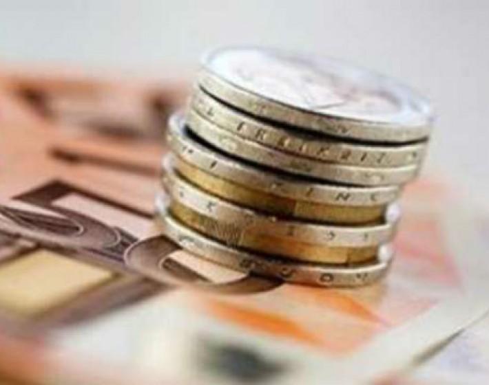 Σχέδιο για πληρωμή κάθε μήνα στα οικογενειακά επιδόματα ΟΓΑ