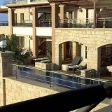 Ζήτησαν αποζημίωση 10 χιλιάδες λίρες απο ξενοδοχείο στην Χερσόνησο
