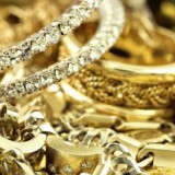 Πάνω από 700 κιλά κλεμμένα χρυσαφικά και διαμάντια βρέθηκαν στο Χαλάνδρι
