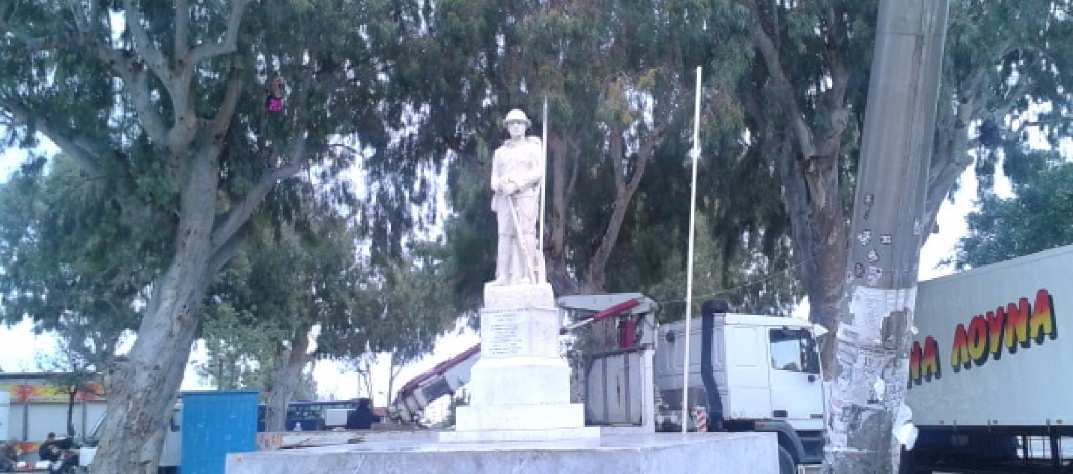 Ηράκλειο: Έσπασαν μάρμαρα στο μνημείο Άγνωστου Στρατιώτη