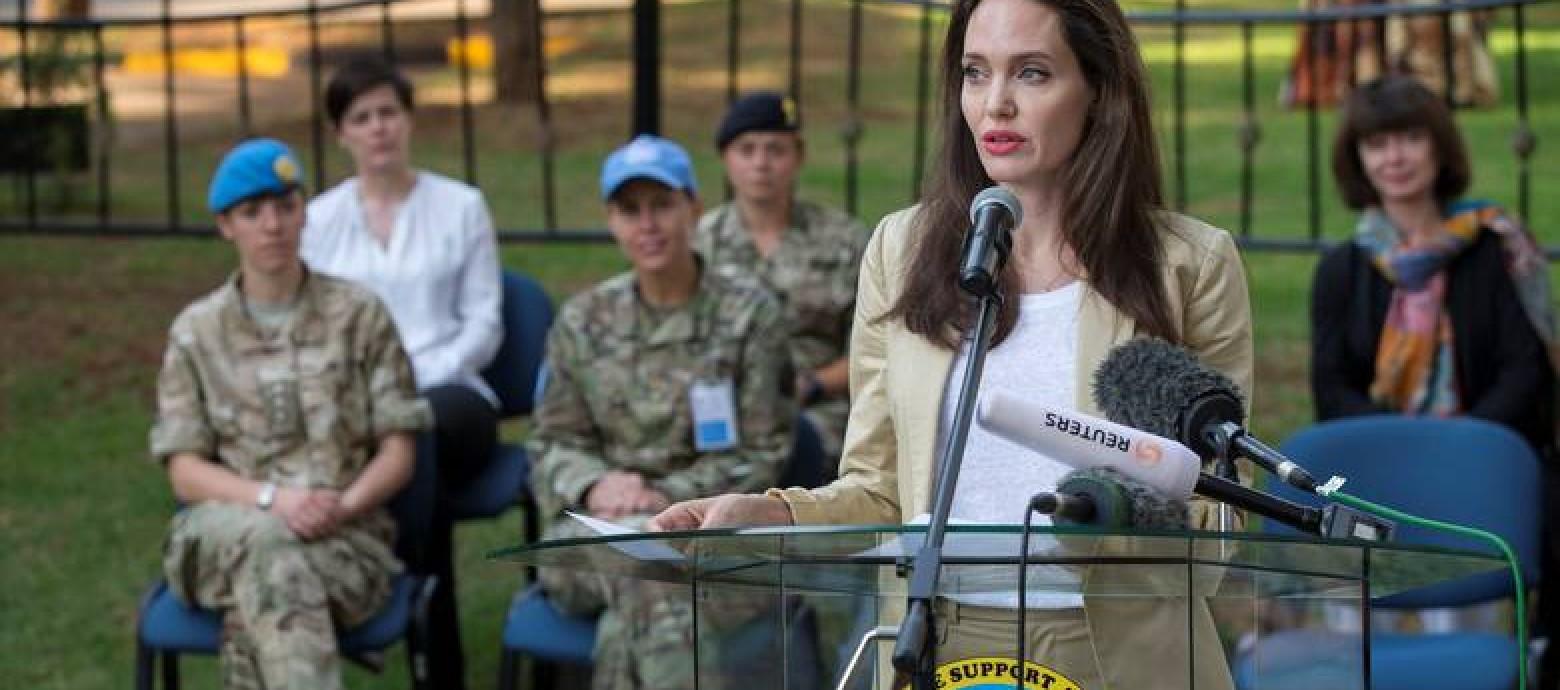 Η Αντζελίνα Τζολί στο Ναϊρόμπι απεσταλμένη της Ύπατης Αρμοστείας του ΟΗΕ για τους Πρόσφυγες
