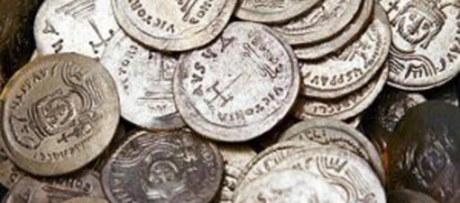 Έκρυβαν στο σπίτι τους πολύτιμα αρχαία αντικείμενα