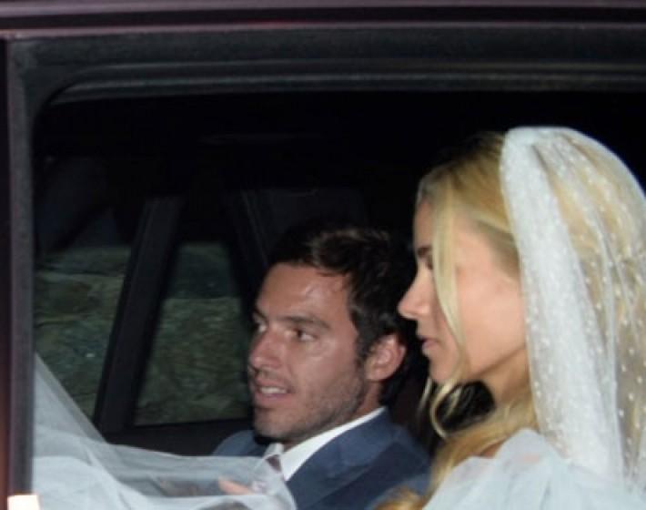 Ονειρικός γάμος για Νομικού και Θεοδωρίδη στη Μύκονο!