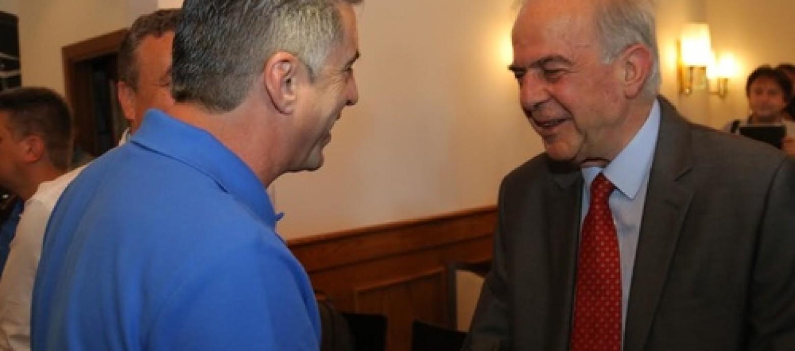 Ο Δήμαρχος Ηρακλείου καλωσόρισε τους Πρωταθλητές Ευρώπης του 2004 και τους θρύλους της Ίντερ