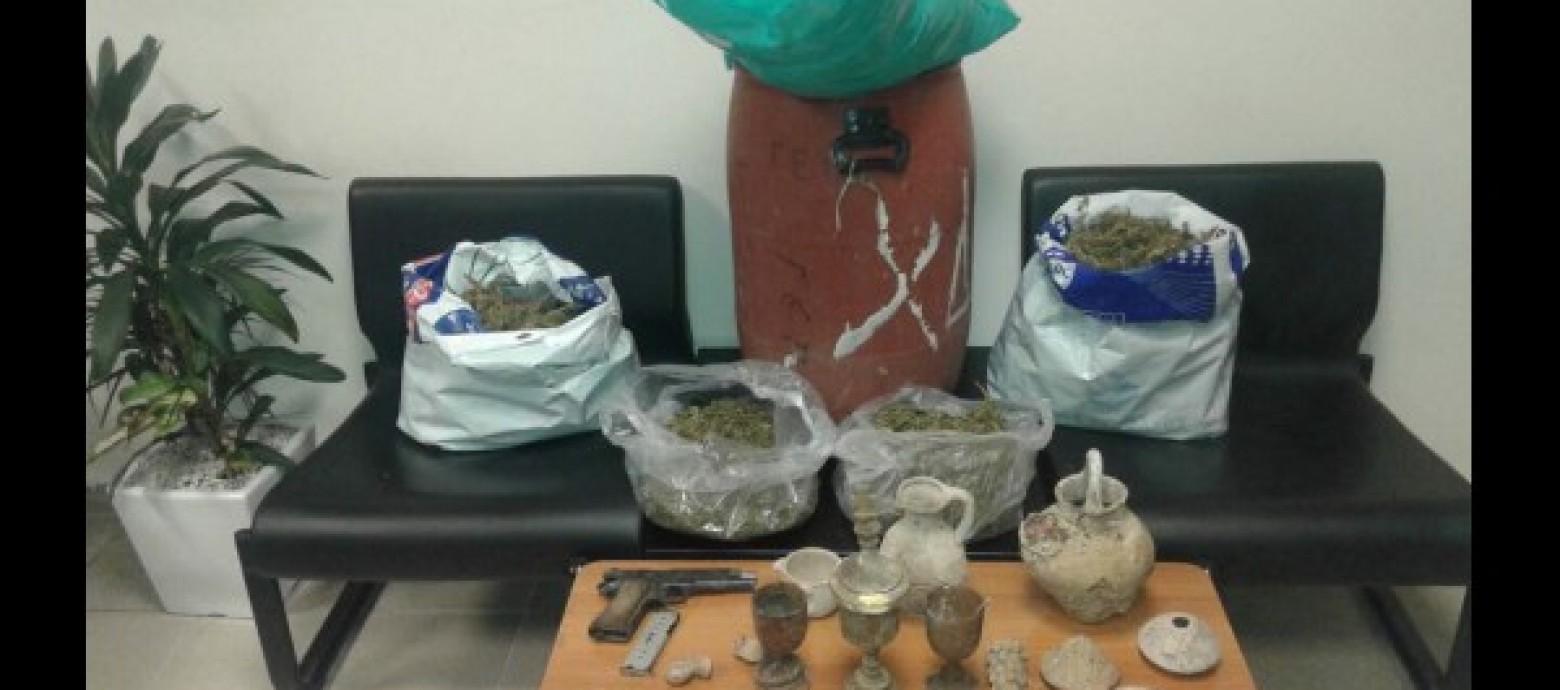 Ηράκλειο: Συνελήφθησαν για ναρκωτικά και αρχαία
