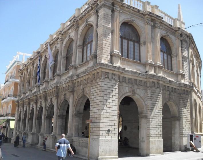 Δήμος Ηρακλείου: Οι κλιματιζόμενες αίθουσες – Οδηγίες προφύλαξης για τις ημέρες του καύσωνα