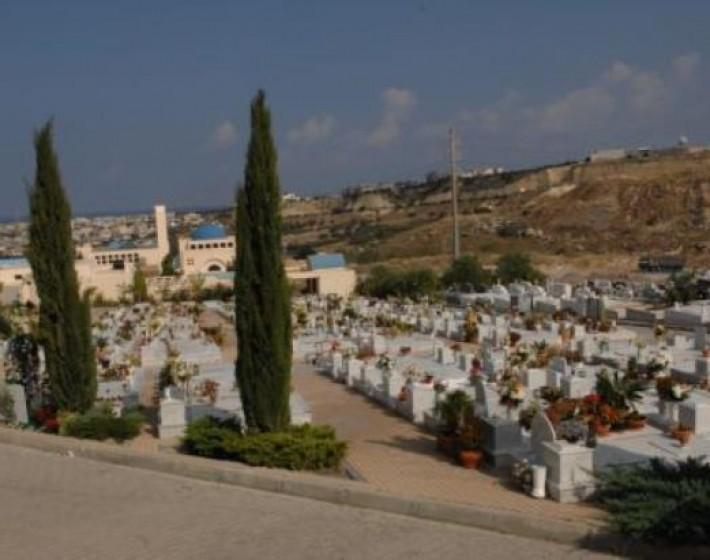 Ηράκλειο: Κλείδωσαν κατά λάθος γυναίκα στο κοιμητήριο