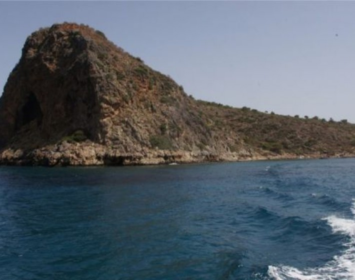 Το νησάκι των Αγίων Θεοδώρων στα Χανιά-Πέμπτη 8 -6 ο Εορτασμός -Οδηγίες επισκεπτών