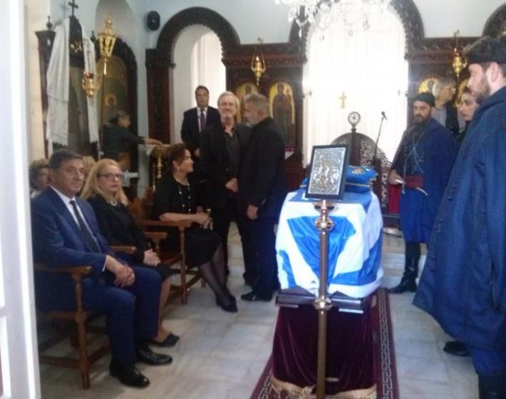 Χανιά: Το «ύστατο χαίρε» στον Κωνσταντίνο Μητσοτάκη (φωτο)
