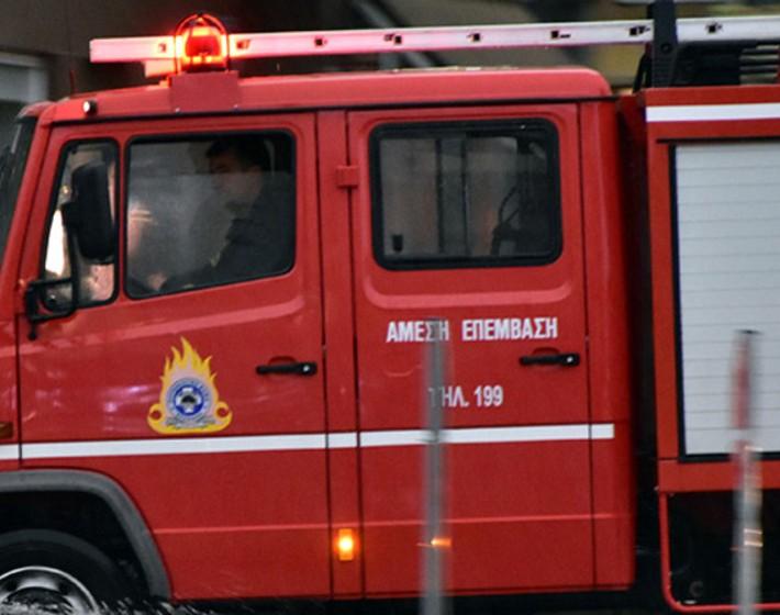Δύο αυτοκίνητα τυλίχτηκαν στις φλόγες στην Αλικαρνασσό