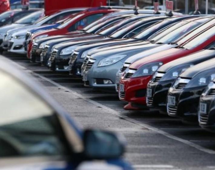 Σε πλειστηριασμό την επόμενη Τετάρτη 30 αυτοκίνητα από 300 ευρώ