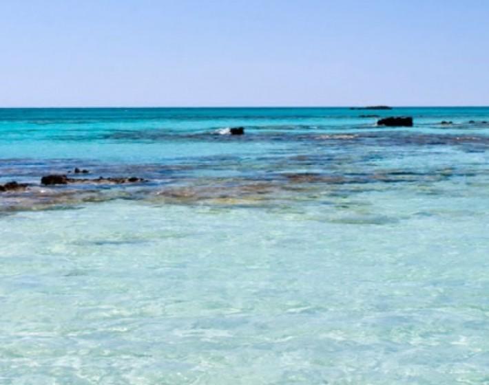 Μια ελληνική παραλία στις 10 πιο πολύχρωμες παραλίες στον κόσμο