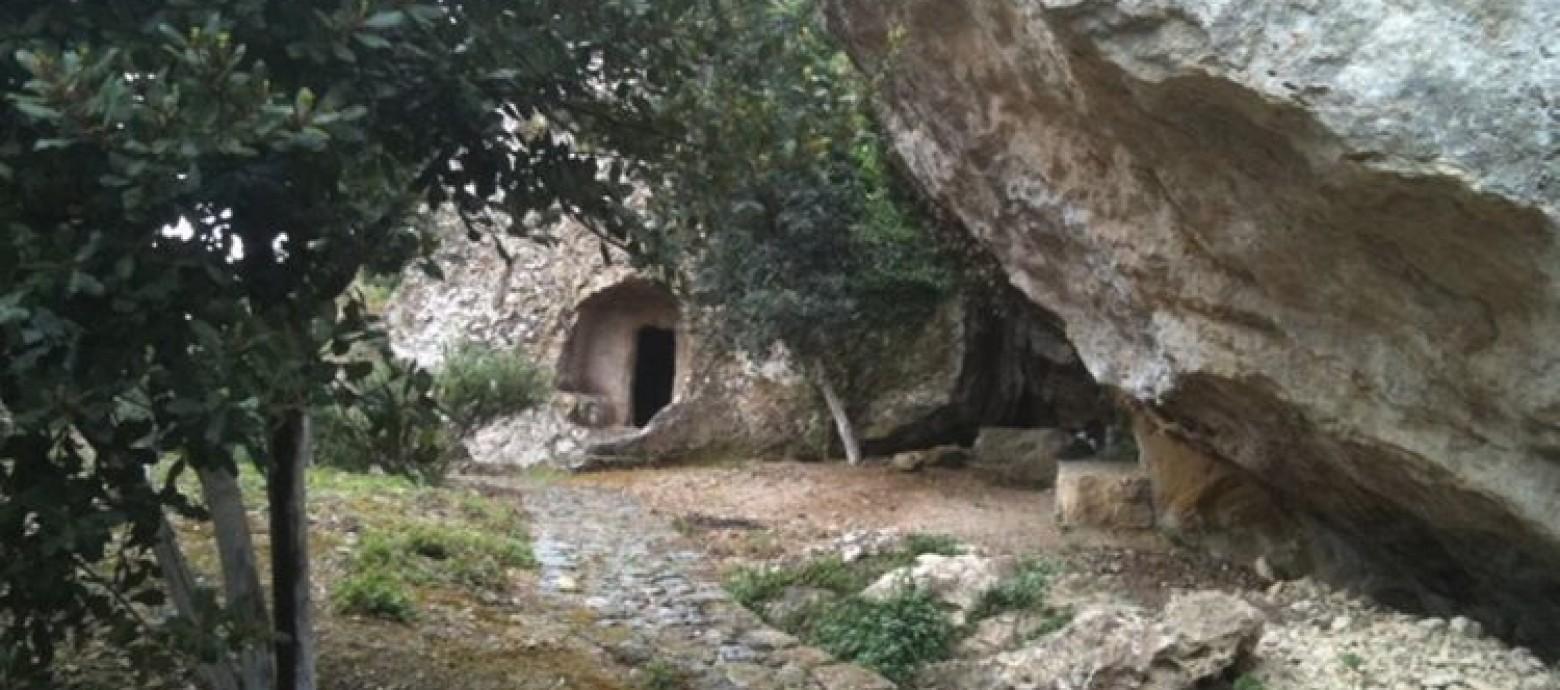 Άγιος Θωμάς – Η ιστορία του χωριού της Κρήτης που αποτελούσε πύλη του Άδη